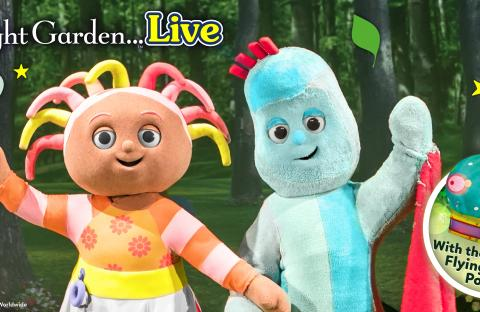 Upsy Daisy and Iggle Piggle In The Night Garden